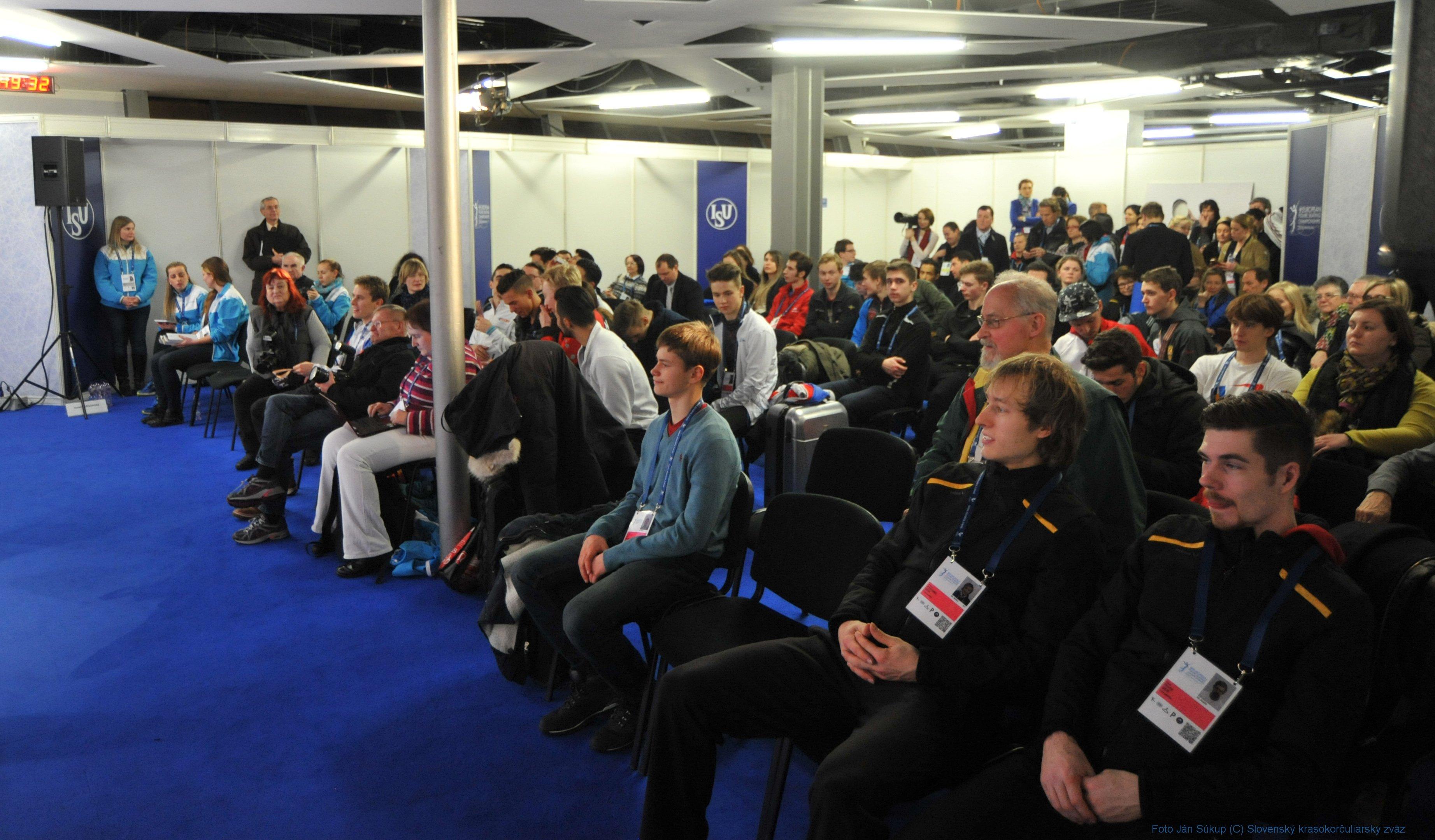 JSP_4557_tlacova_konferencia
